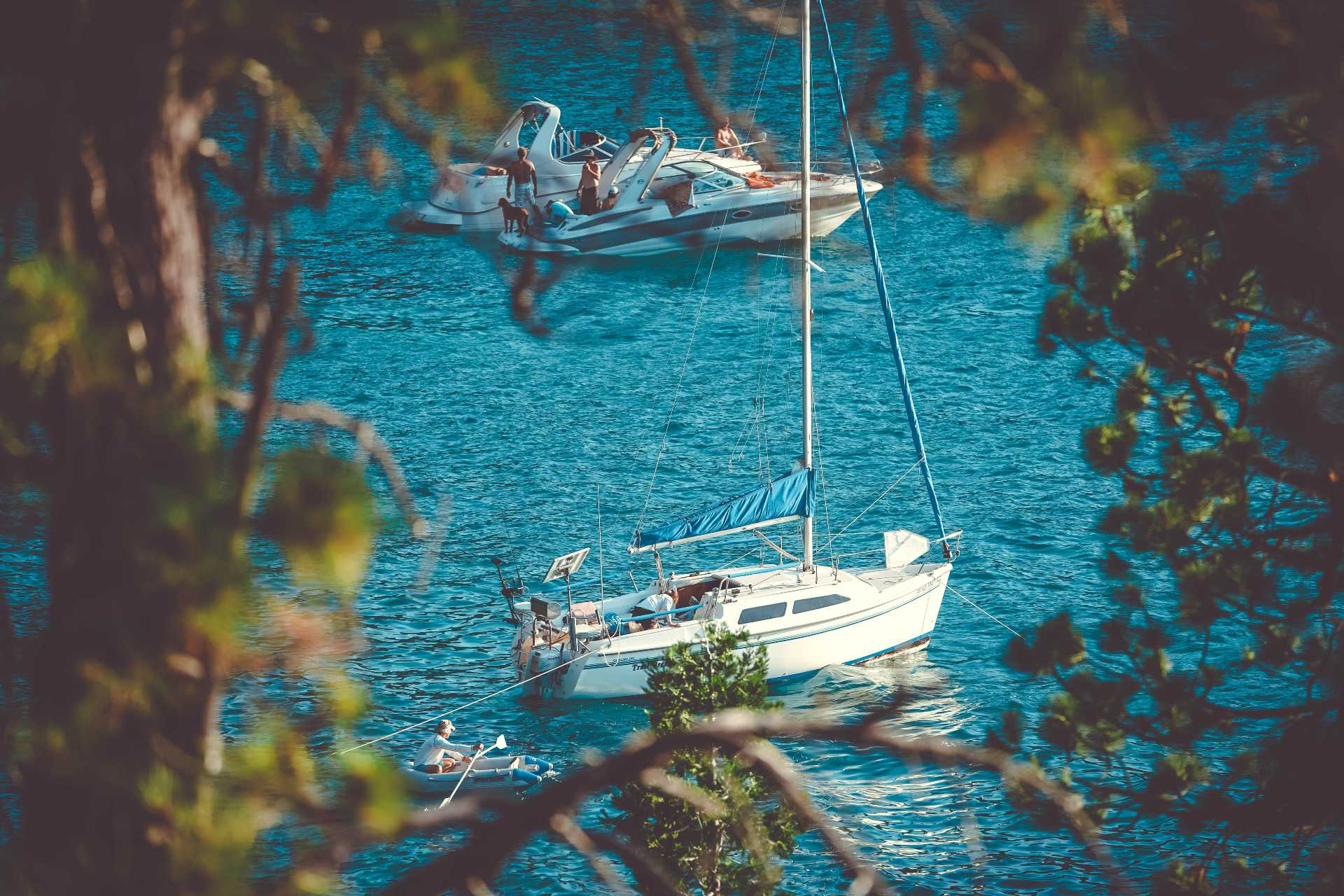 yacht-charter-industry-at-work